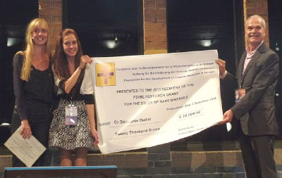 S Guillet Cheque Presentation at the ECIM Congress, Amsterdam